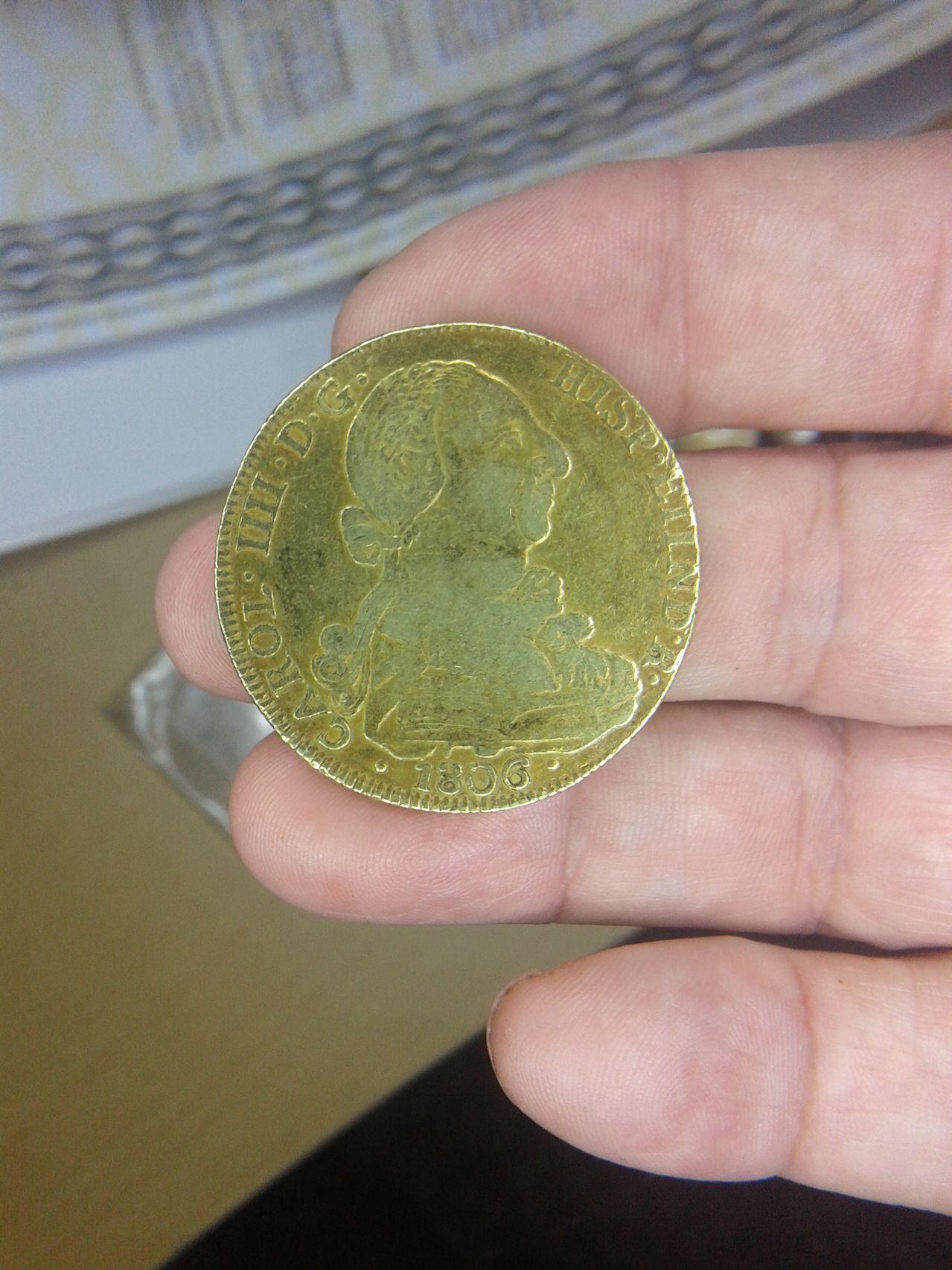 8 escudos 1806 CAROL IIII 8_escudos_anverso