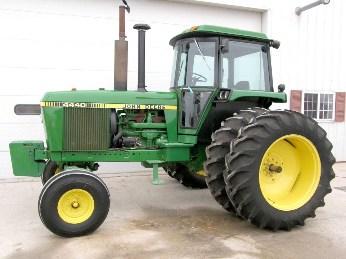 Hilo de tractores antiguos. - Página 5 JD_4440