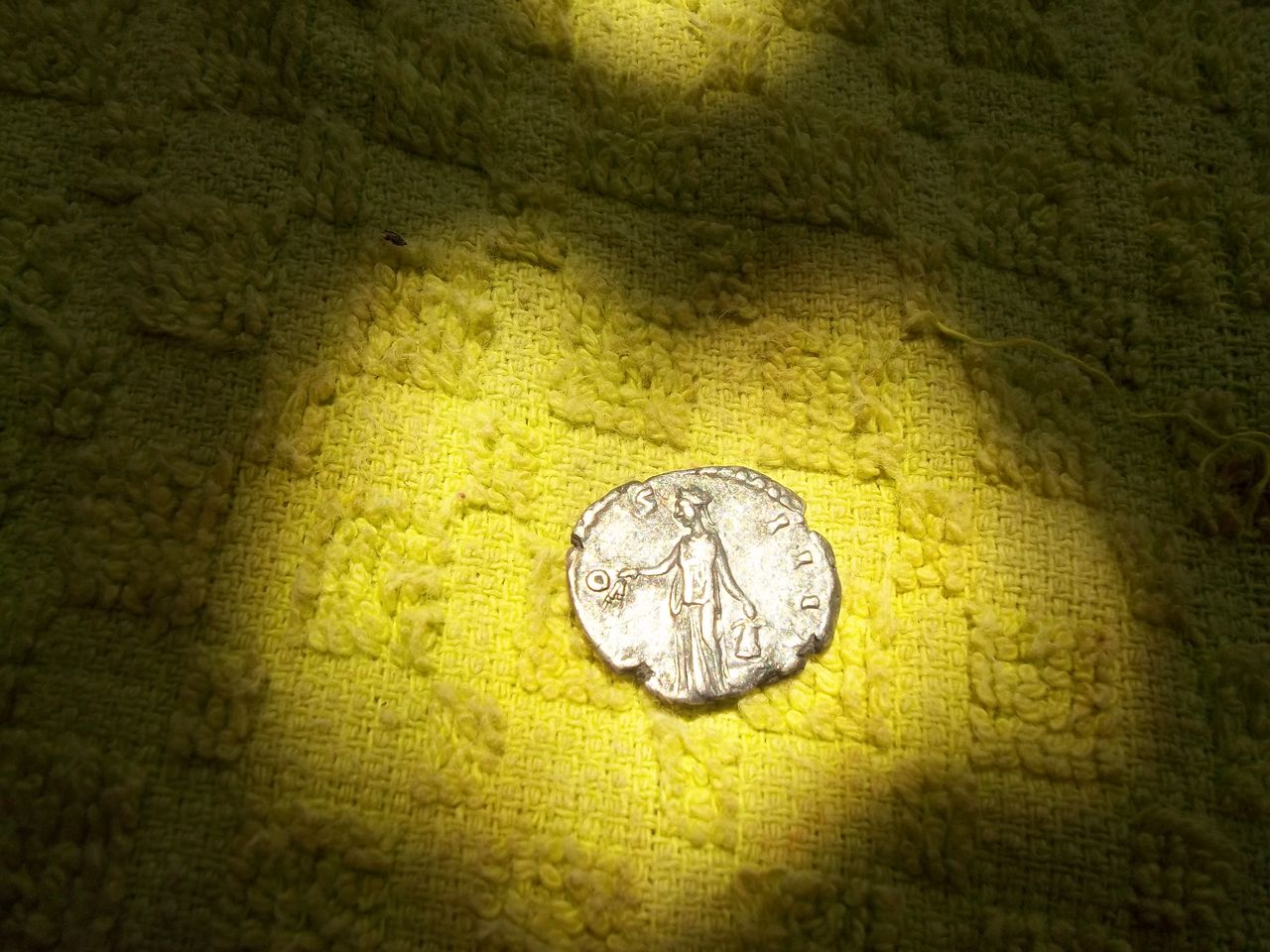Glosario de monedas romanas. ANNONA. 100_2773