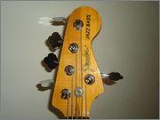 Fender Jazz Bass falso ou verdadeiro 969199_466331733454608_757660879_n