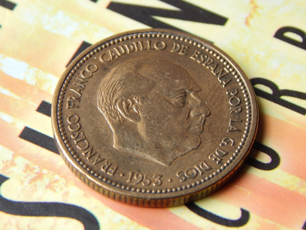 2,50 pesetas 1953 (*19-54). Estado Español DSCN2512