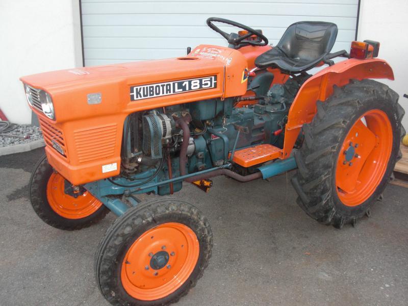 Hilo de tractores antiguos. - Página 3 KUBOTA_L185