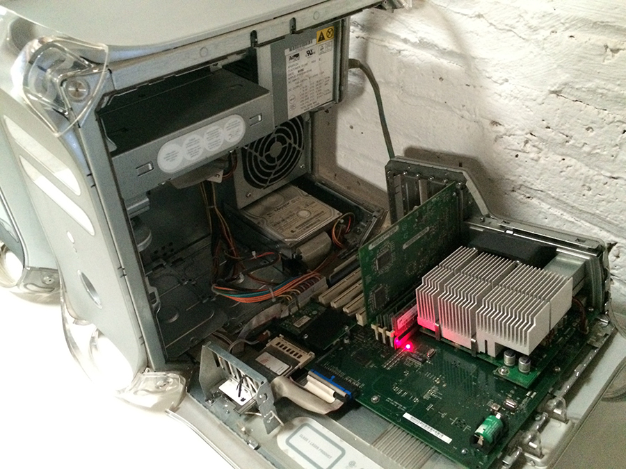 [Vendo] iMacs G3, G4's, Monitores era translúcida Apple IMG_2672