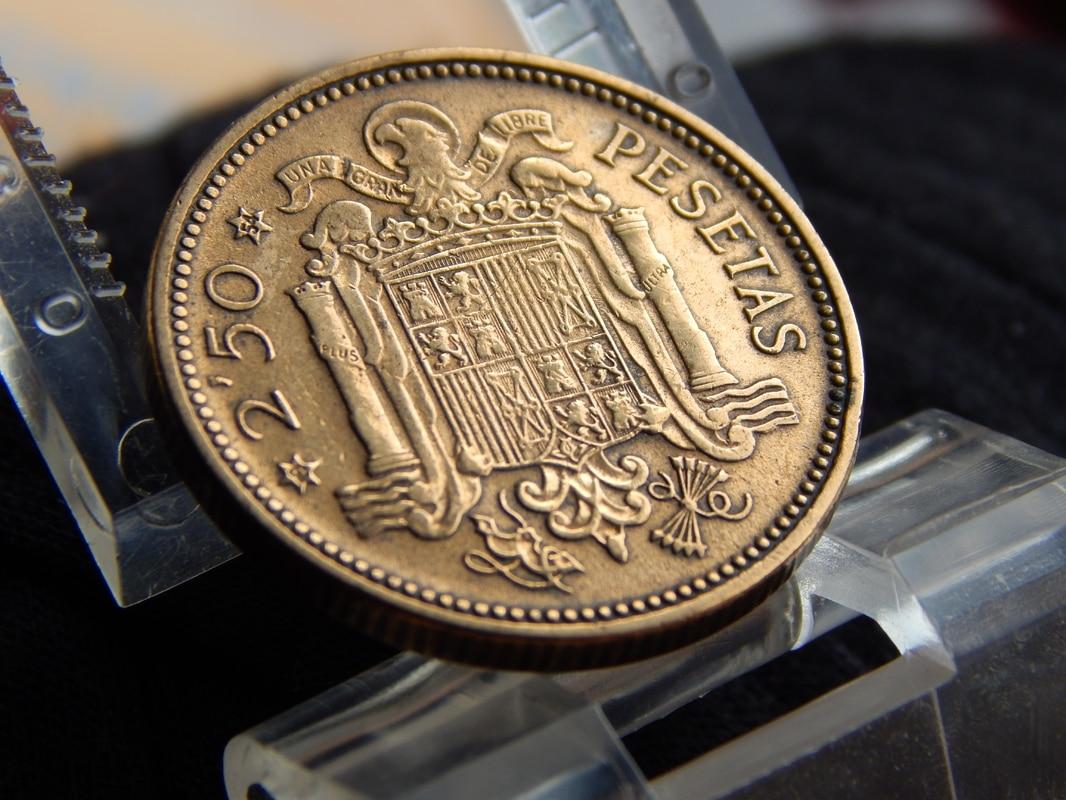2,50 pesetas 1953 (*19-54). Estado Español DSCN2516