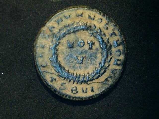 AE3 de Constantino II. CAESARVM NOSTRORVM  - VOT  / V. Ceca Tesalónica. 2016_12_16_0002_0_X