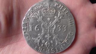 Patagón de Felipe IV, Amberes. 1633, dedicada al rey de los escudos SAM_1145