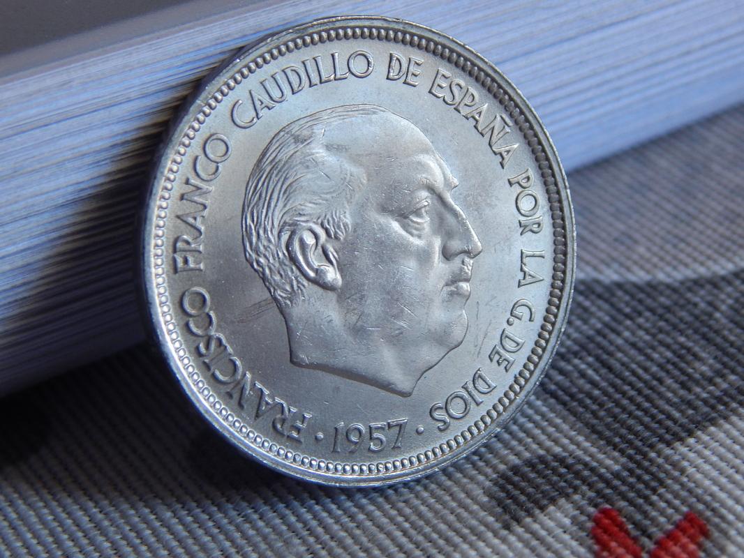 50 pesetas 1957 *60 Estado Español RSCN2629