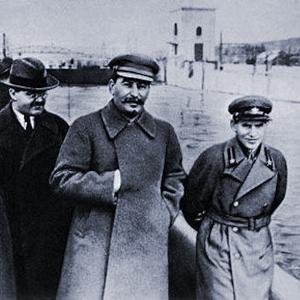Eine ehrenwerte Gesellschaft 1878_1953_fm_stalin_diktator_der_sowjetunion