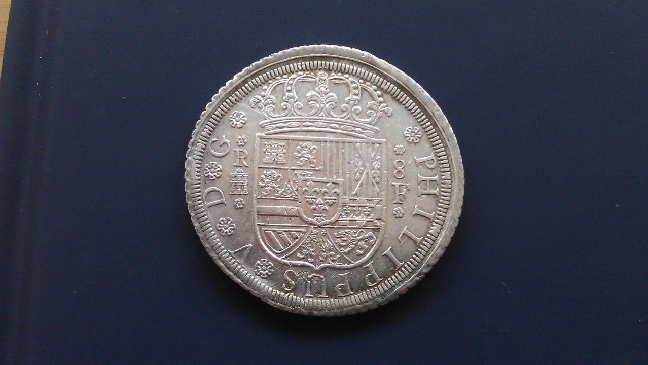 8 reales FELIPE V 1727 Segovia IMAG2175