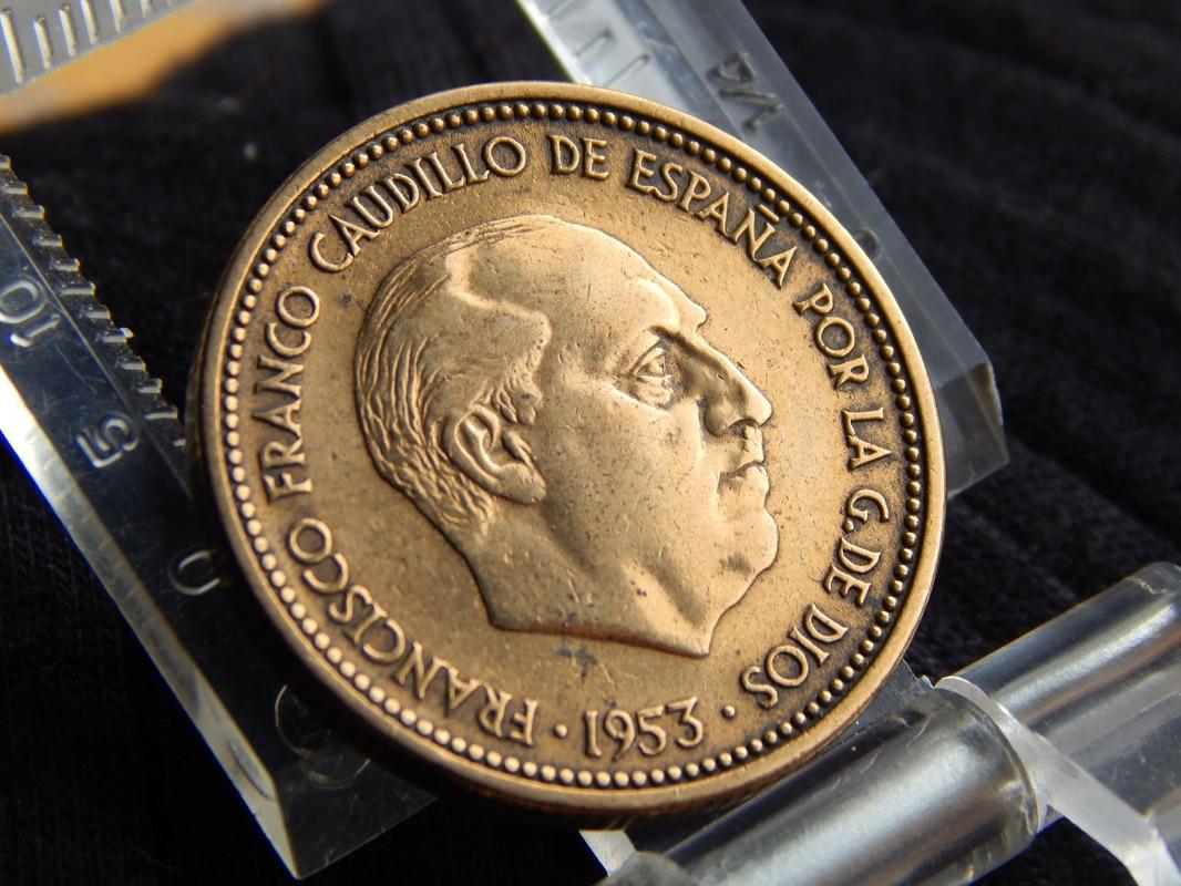 2,50 pesetas 1953 (*19-54). Estado Español DSCN2517
