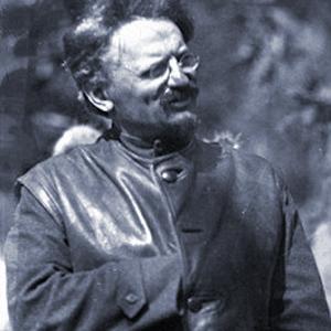 Eine ehrenwerte Gesellschaft 1879_1940_fm_u_jd_lev_davidovich_bronstein_tarnn