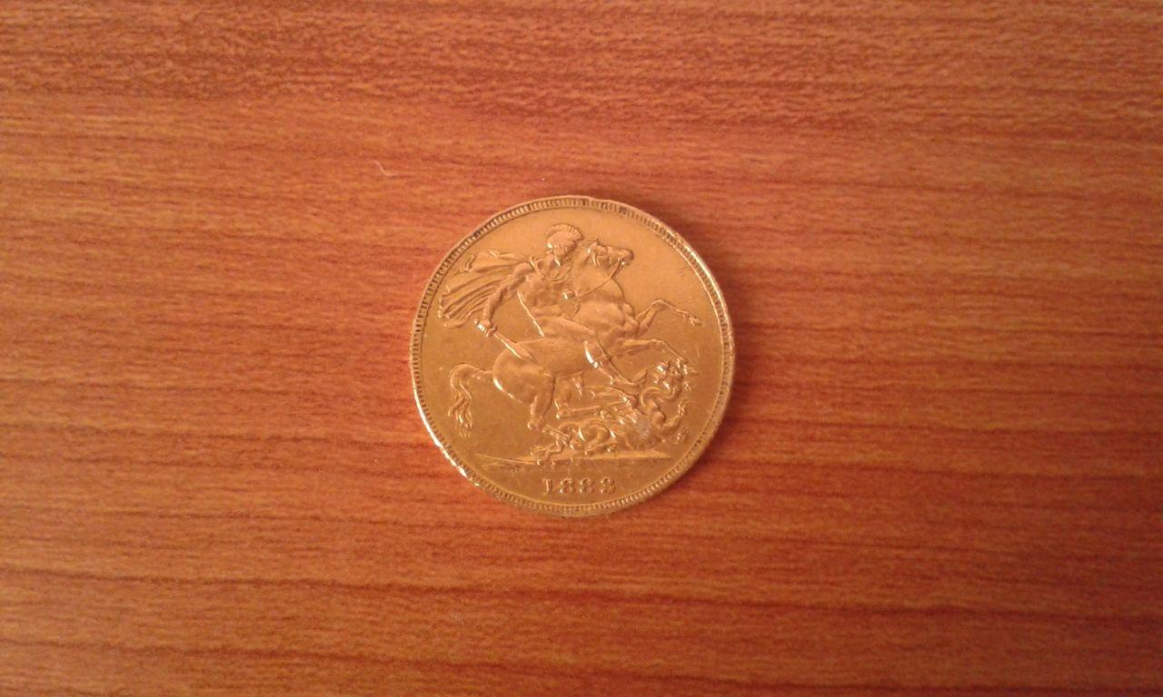 Moneda de oro de la Reina Isabel 20150731_211522