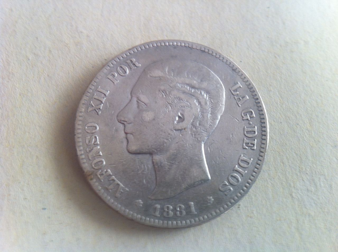 5 pesetas 1881 Alfonso XII,  IMG_3696