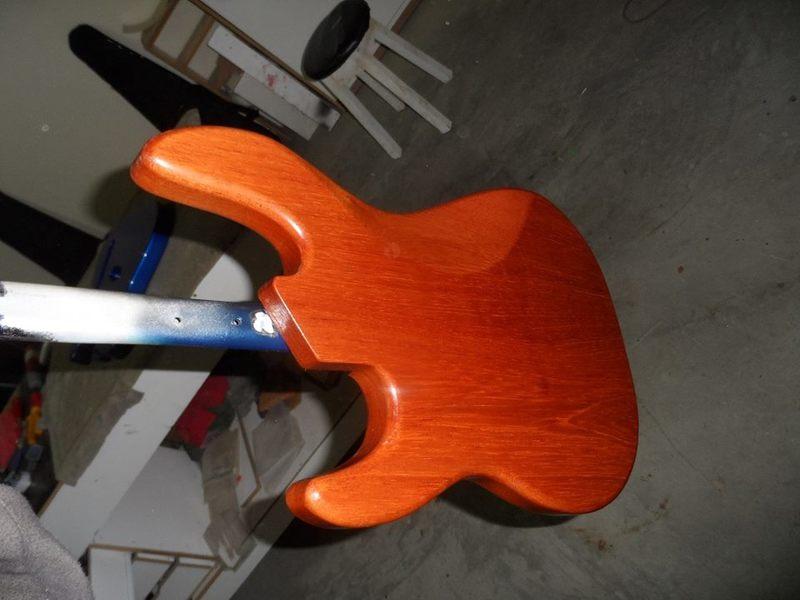 Precision Bass 4 cordas - GusVCD 10543158_668011236611220_661769273_n