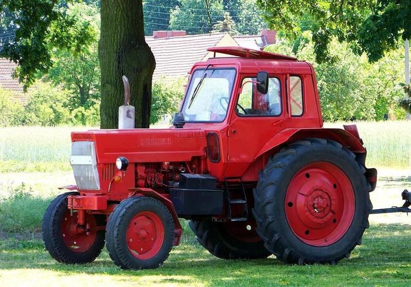 Hilo de tractores antiguos. - Página 37 BELARUS_MTZ_80