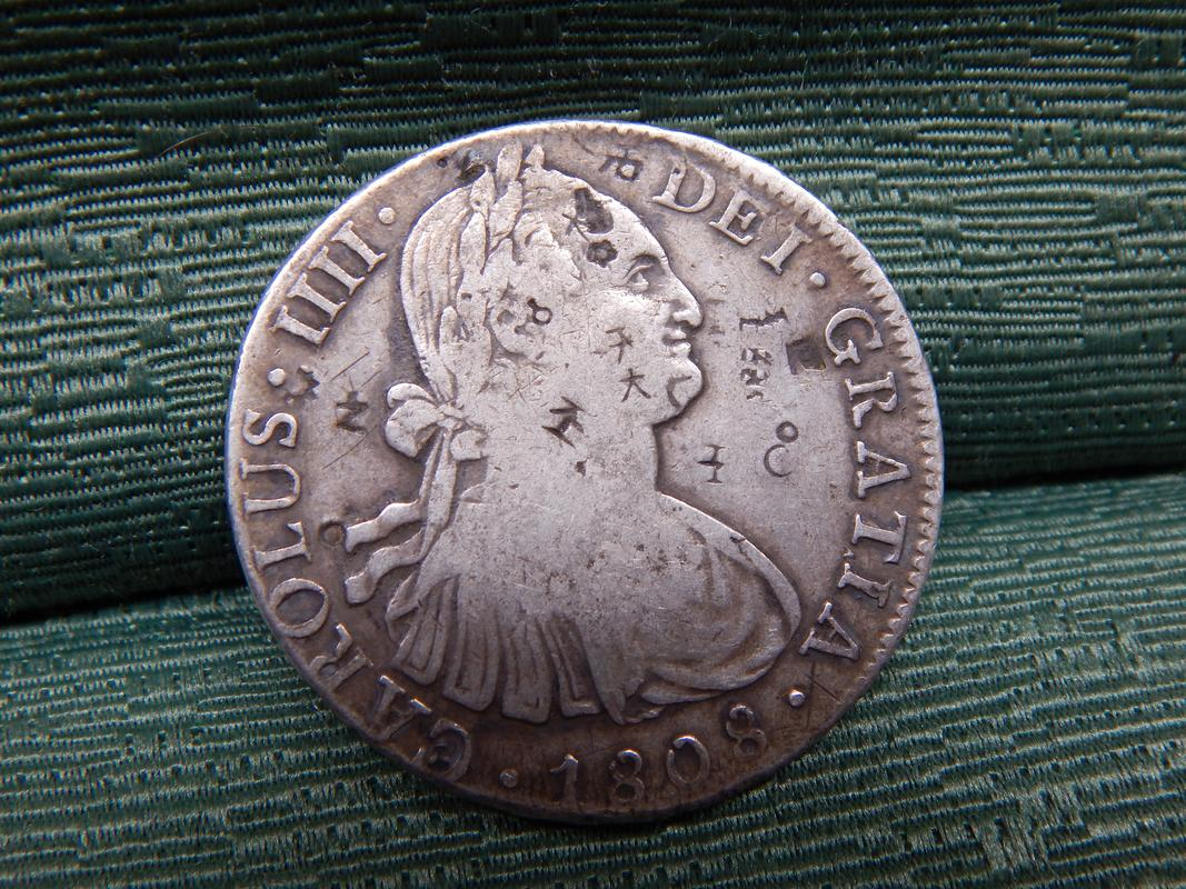 8 reales 1808. Carlos IIII. Resellos DSCN2732