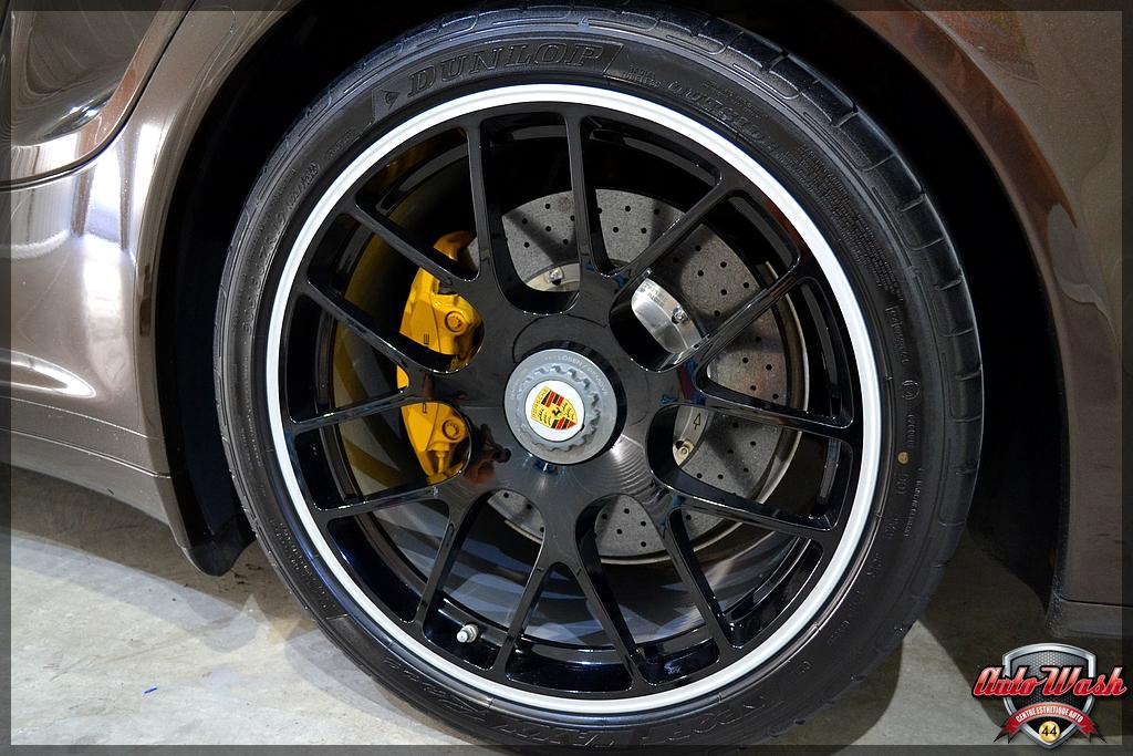 Bastien, d'AutoWash44 / Vlog n°6 - Macan S, 997 et 911 GT3 - Page 6 03_13