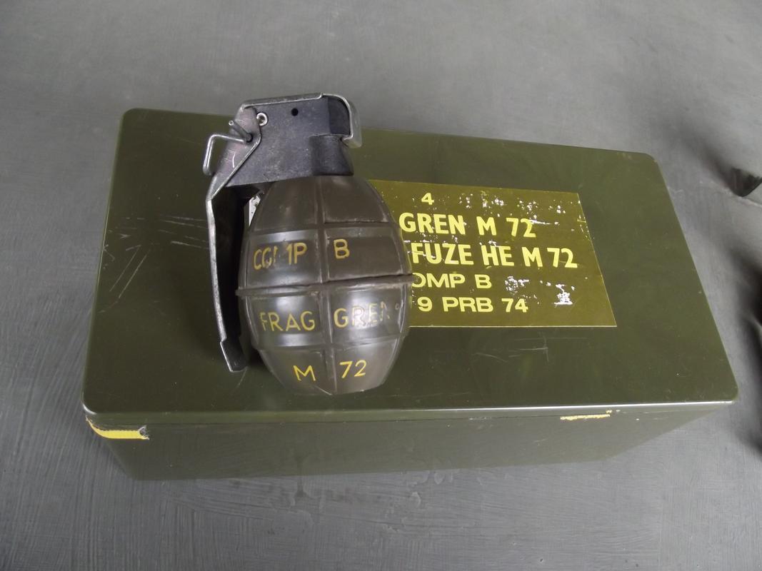 Para-commando display DSCF6136