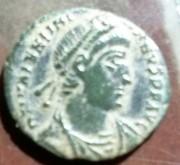 AE3 de Valentiniano I. SECVRITAS – REIPVBLICAE. Ceca Roma. 2b8a3b56_461a_44c6_a71c_4e3bb9bcb593_2
