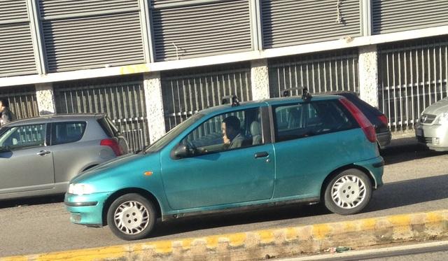Avvistamenti auto dai colori particolari IMGT_6545
