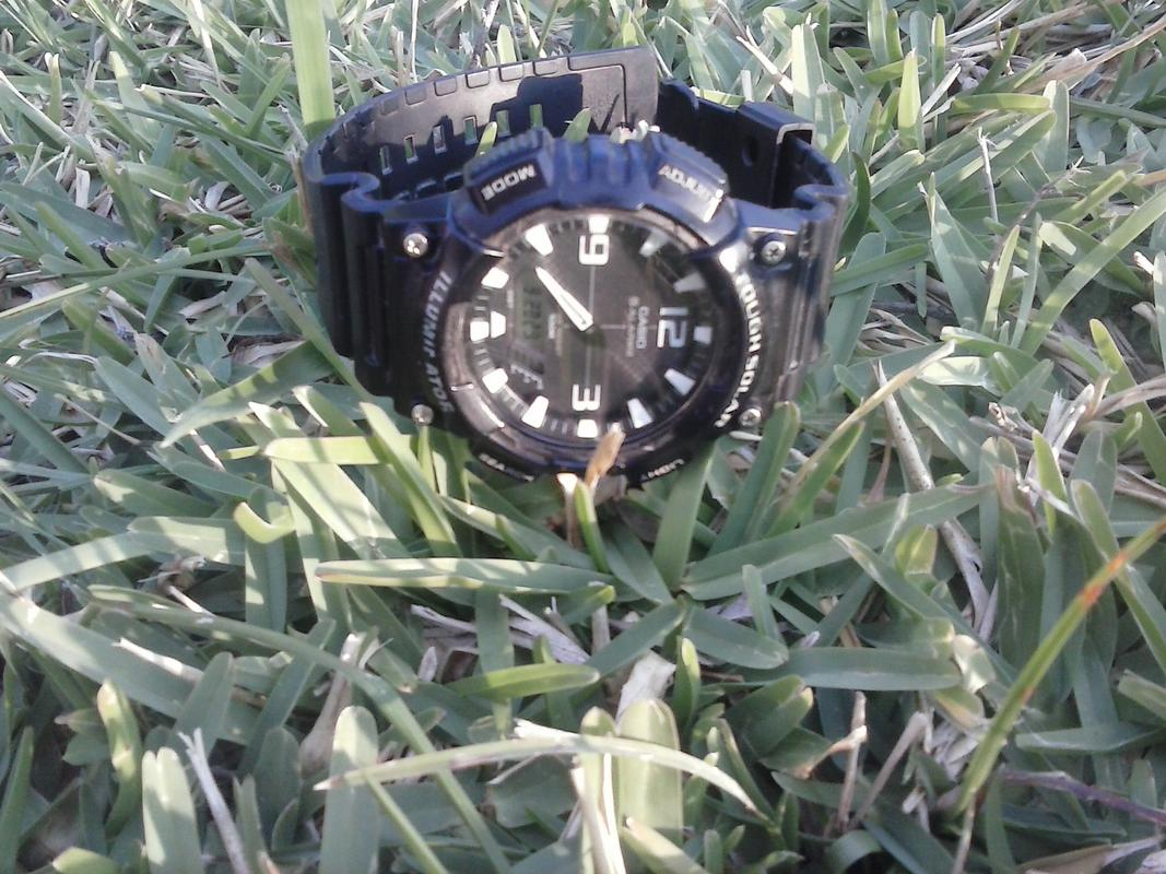 Reloj Tough Solar CASIO AQ-S810W-1A CAM01045