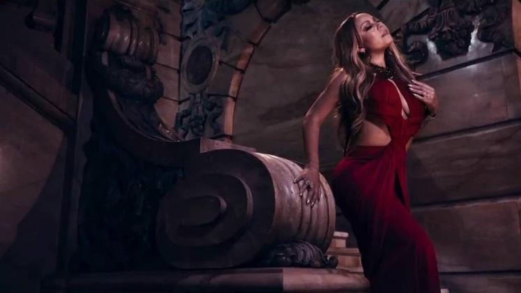 Mariah Carey pour Complex Mag.  Mimi_video
