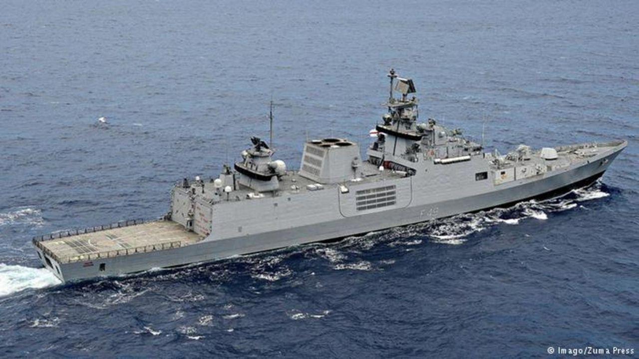 Ejercicio naval Malabar 2015,2017 y siguientes - Participacion  de India - Japon - Estados Unidos - Australia INS_SHIVALIK_STEALTH_FRIGATE_MALABAR