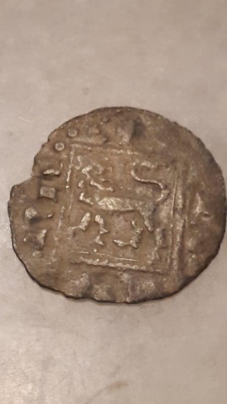 Dinero noven de Alfonso XI de Castilla 1312-1350 Sevilla. 20160712_000050
