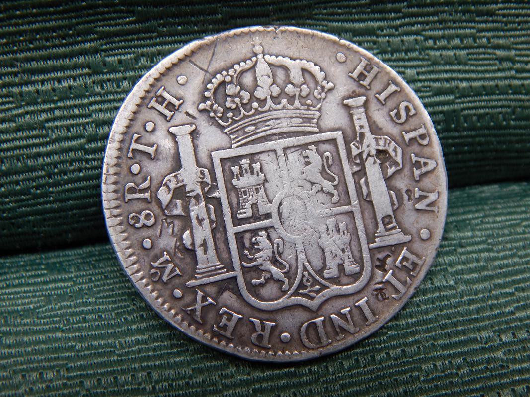 8 reales 1808. Carlos IIII. Resellos DSCN2731