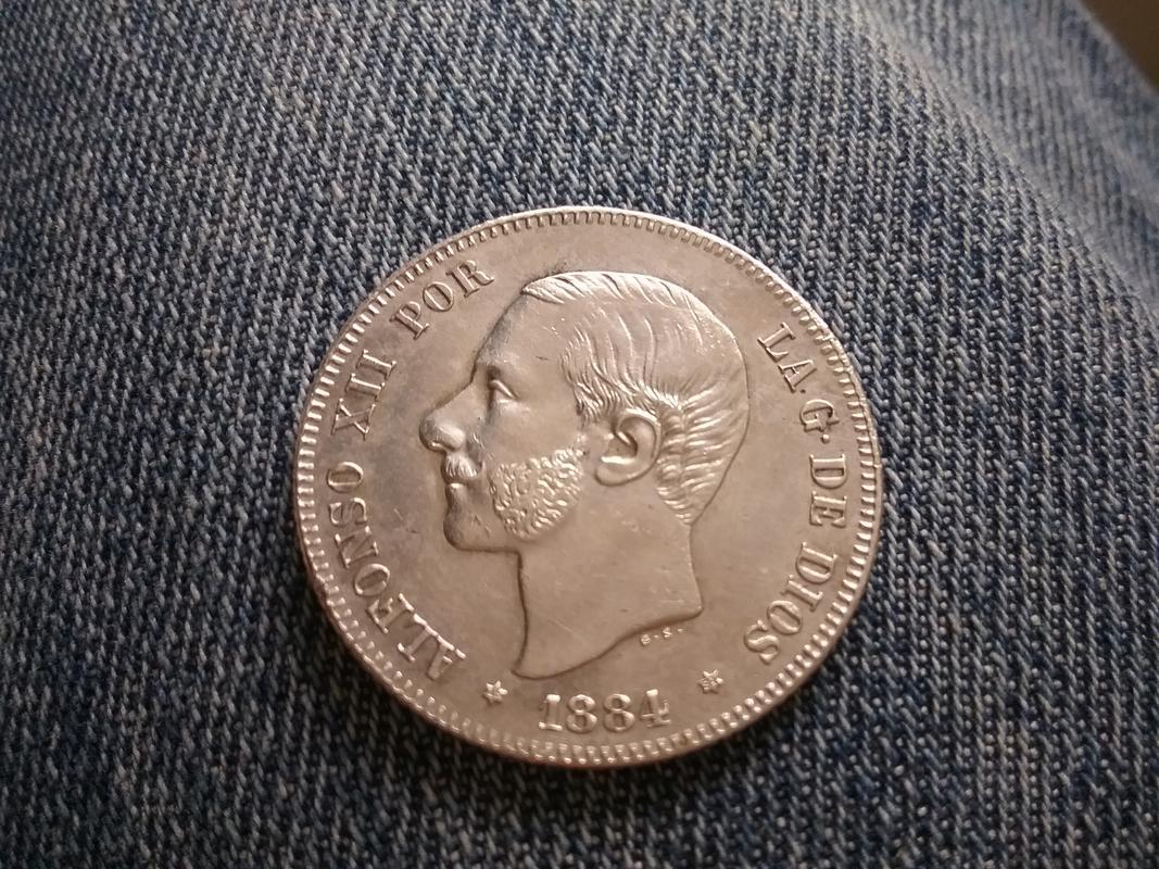 2 pesetas 1884 (*18-84). Alfonso XII 1525521261256591085638