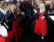 """Premiere de """"Handmaids tale"""" season 2 Premiere_Hulu_Handmaid_Tale_Season_2_Red_Carpet_2_JO-3_Kuo683l"""