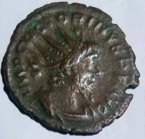 Antoniniano de Victorino. INVICTVS. Sol. Ceca Trier. D270ebeb_62bb_4764_b814_f5b9ed531a2a_2