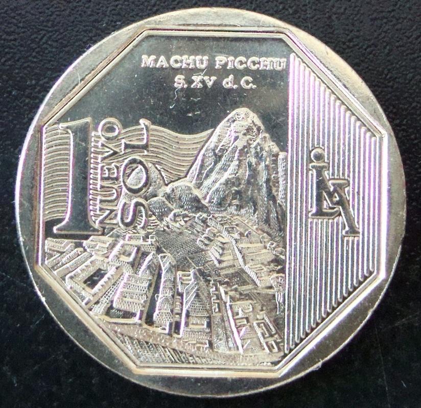 1 Nuevo Sol. Perú (2011) Machu Picchu PER_1_Nuevo_Sol_Machu_Picchu_rev