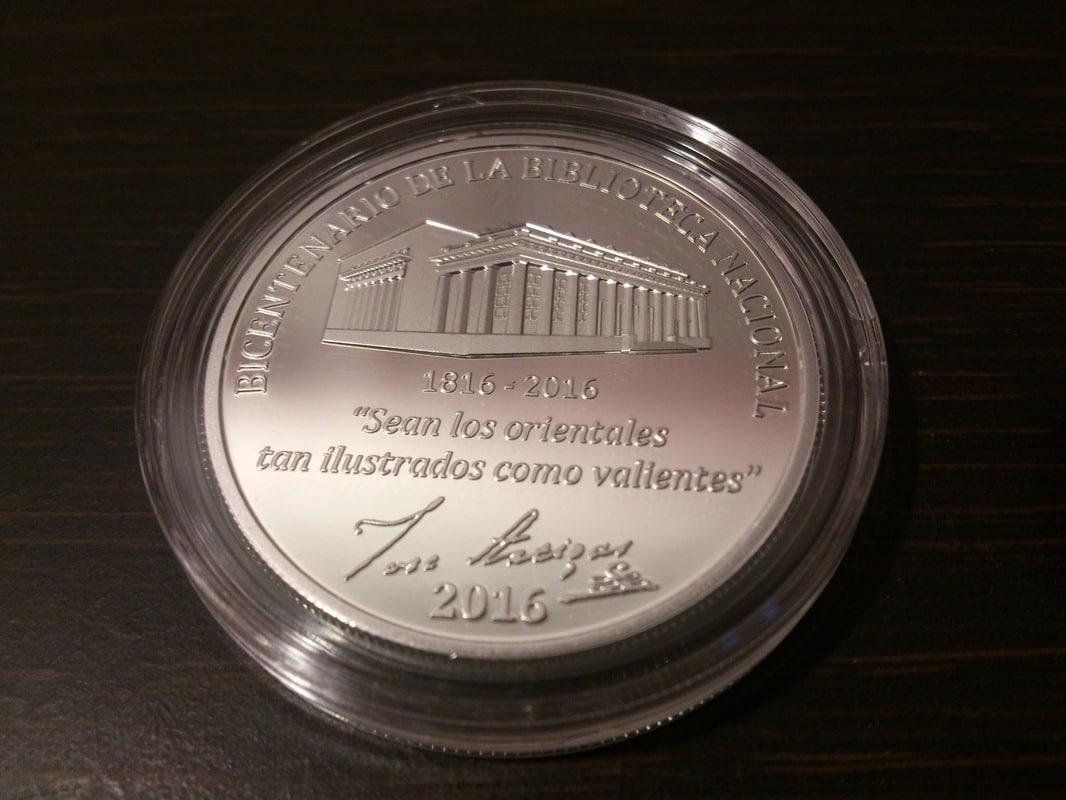 Monedas conmemorativas de Uruguay acuñadas en plata 1961 - Presente. - Página 2 DSC_9449