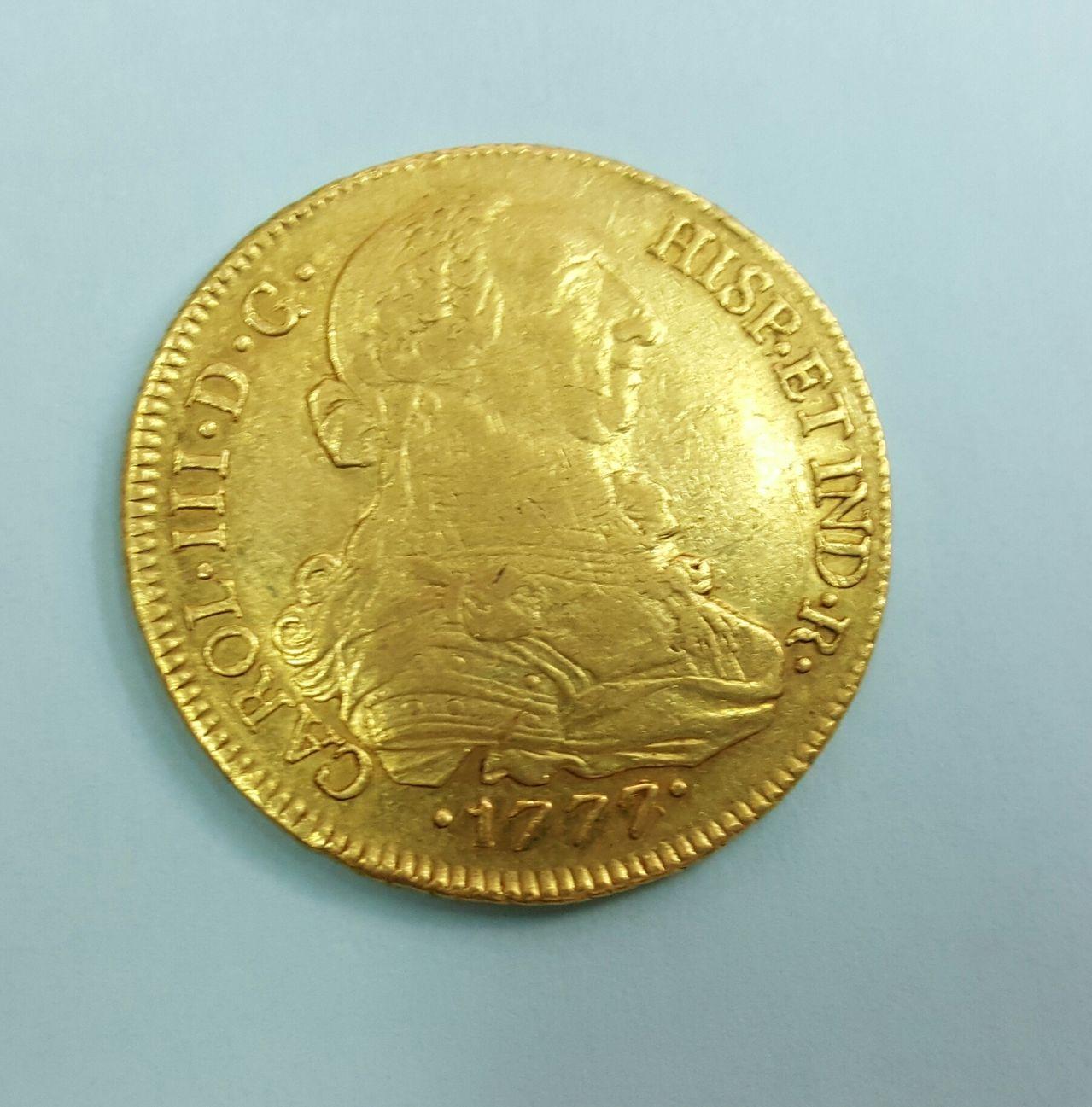 8 escudos 1777. Carlos III. Santiago de Chile 20160613_192645_1