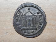 Antoniniano de Probo. ROMAE AETER. Roma en templo. Ceca Roma. Reverso