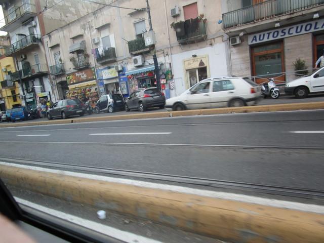 avvistamenti auto storiche - Pagina 39 IMG_2044