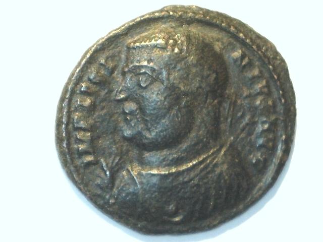 Follis de Licinio I. IOVI CONS-ERVATORI AVGG. Ceca Cyzicus. Image
