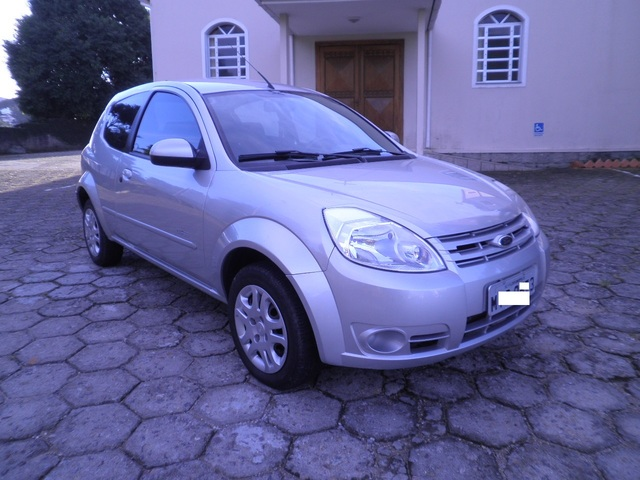 Fiat Mobi - Pagina 4 Ford_Ka_004