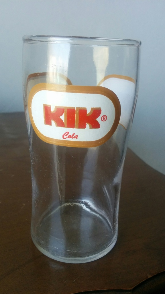 Kik Cola (Caisse et verre ) IMG_20160522_112946