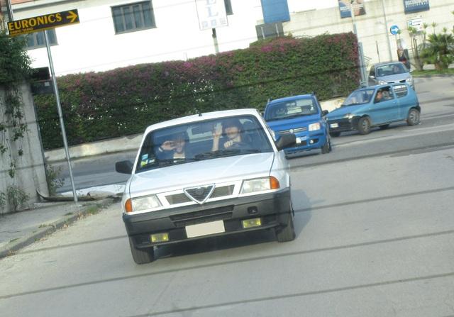avvistamenti auto storiche - Pagina 3 IMG_2111