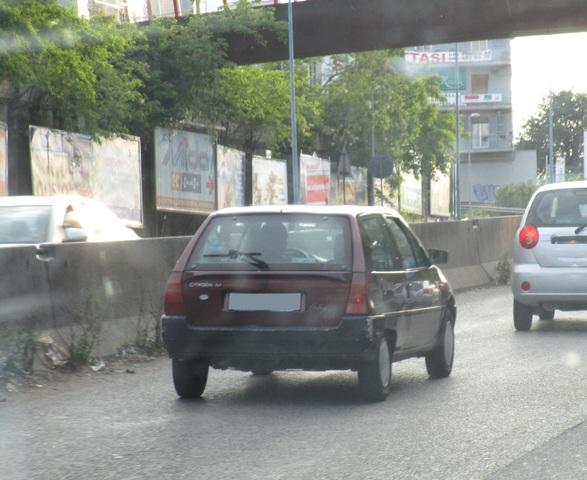 avvistamenti auto storiche - Pagina 2 IMG_2110