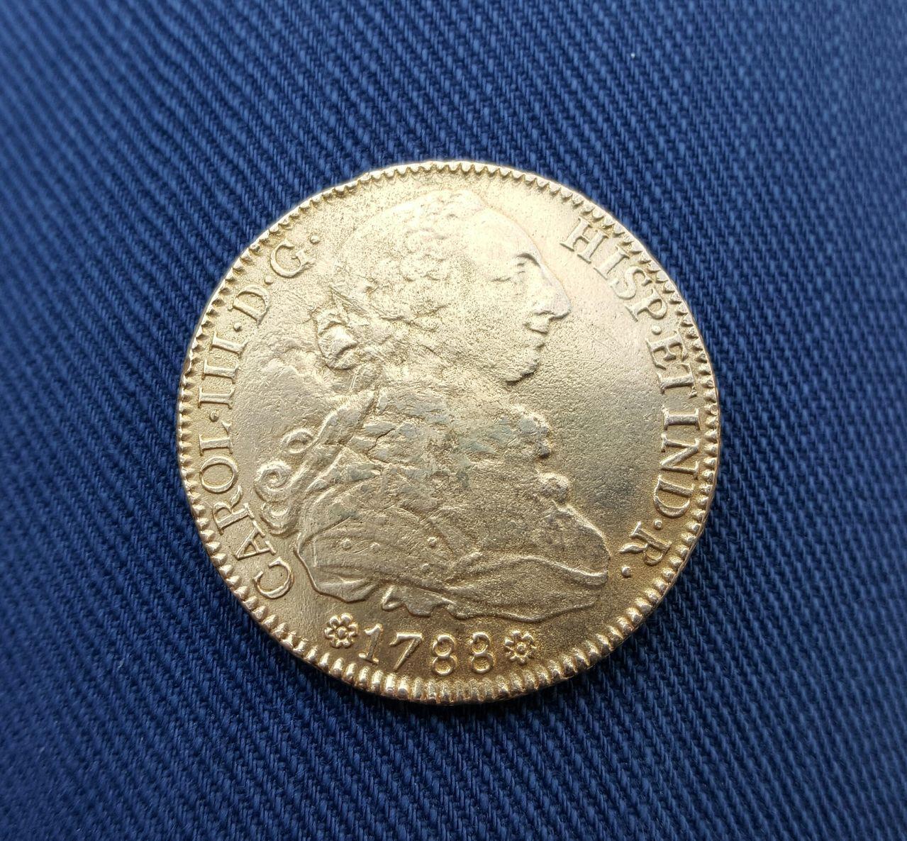 8 escudos 1788. Carlos III. Sevilla 20160517_194217_1