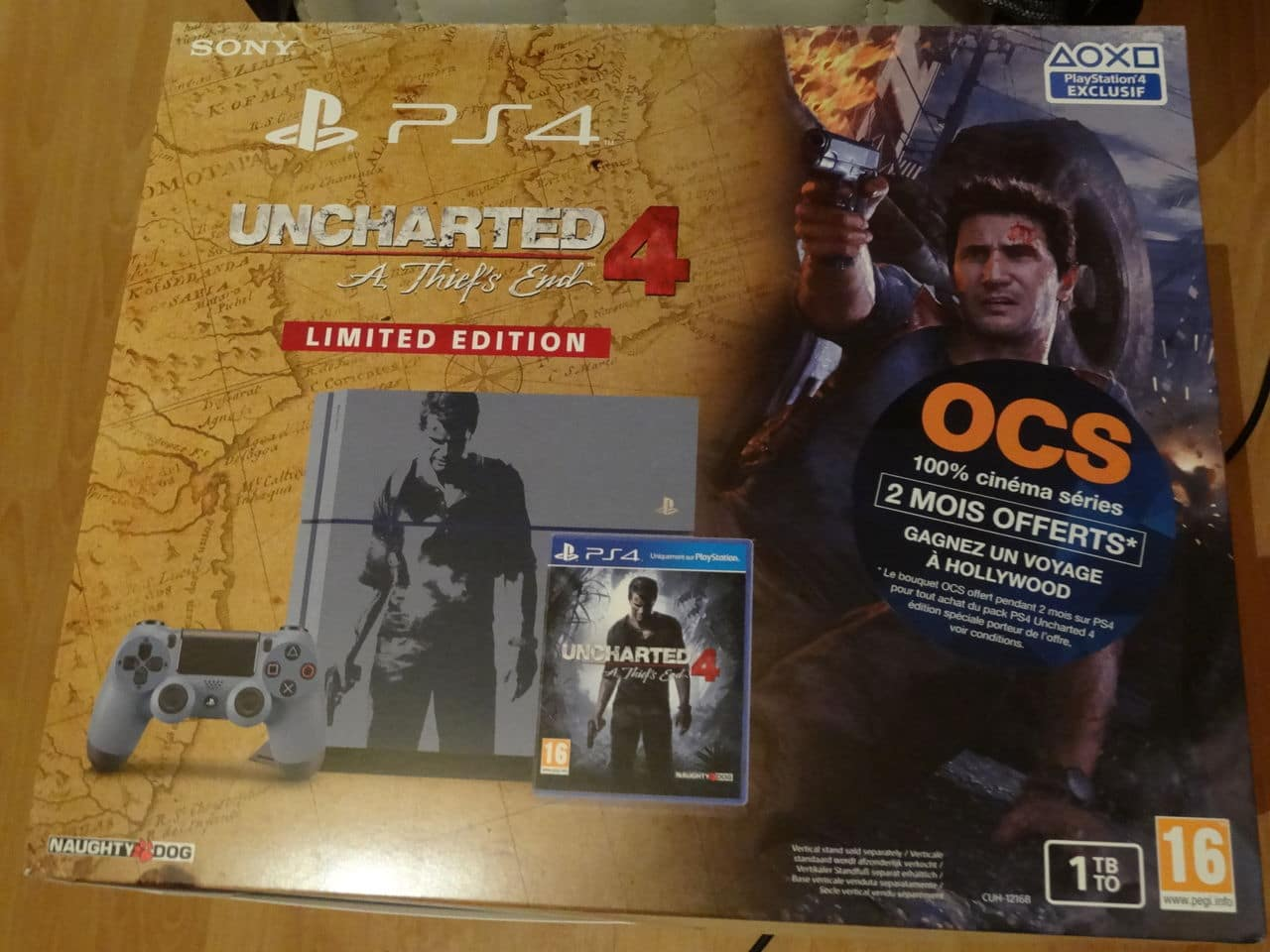 Uncharted 4 : 3 collectors au programme  DSC02732