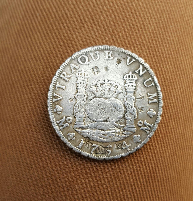 8 reales 1754. Fernando VI. Méjico. Resellos asiáticos 20160516_181324_1