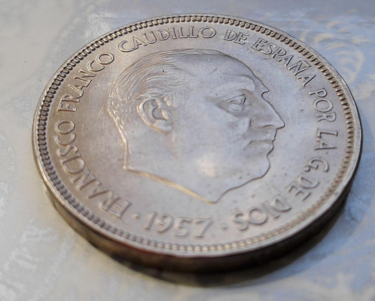 25 pesetas 1957 (*61). Francisco Franco. Dedicada a Estrella76 25_pesetas_63_2