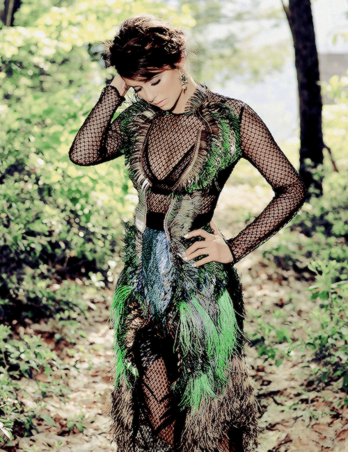 Nina Dobrev/ნინა დობრევი #5 - Page 15 Tumblr_nfthfz97_VR1se3g50o1_500