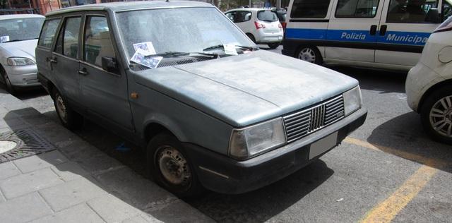 avvistamenti auto storiche - Pagina 40 IMG_1997