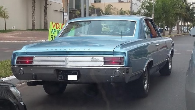 avvistamenti auto storiche - Pagina 39 Oldsmobile