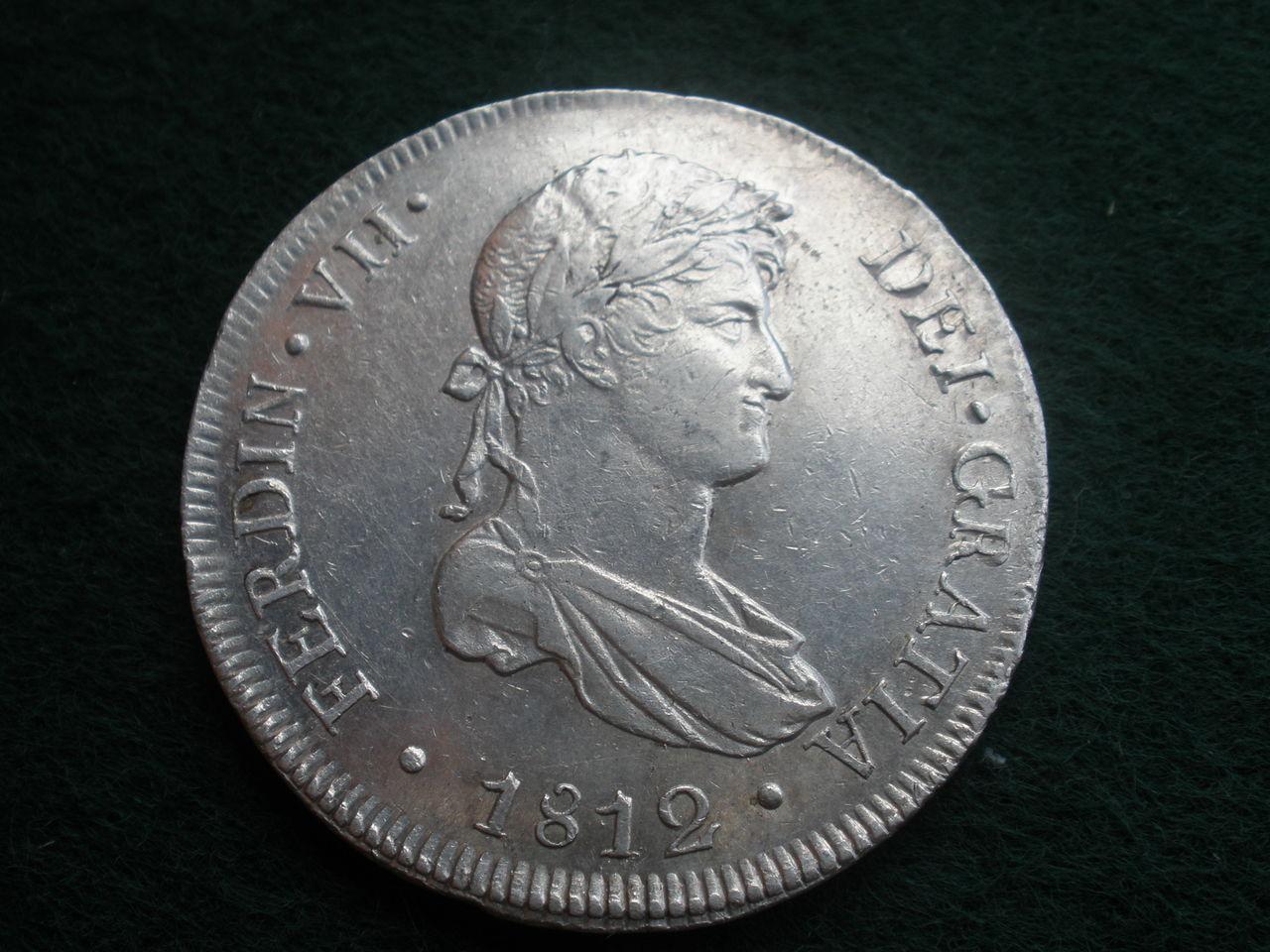 8 reales 1812. Fernando VII. Lima P1010198